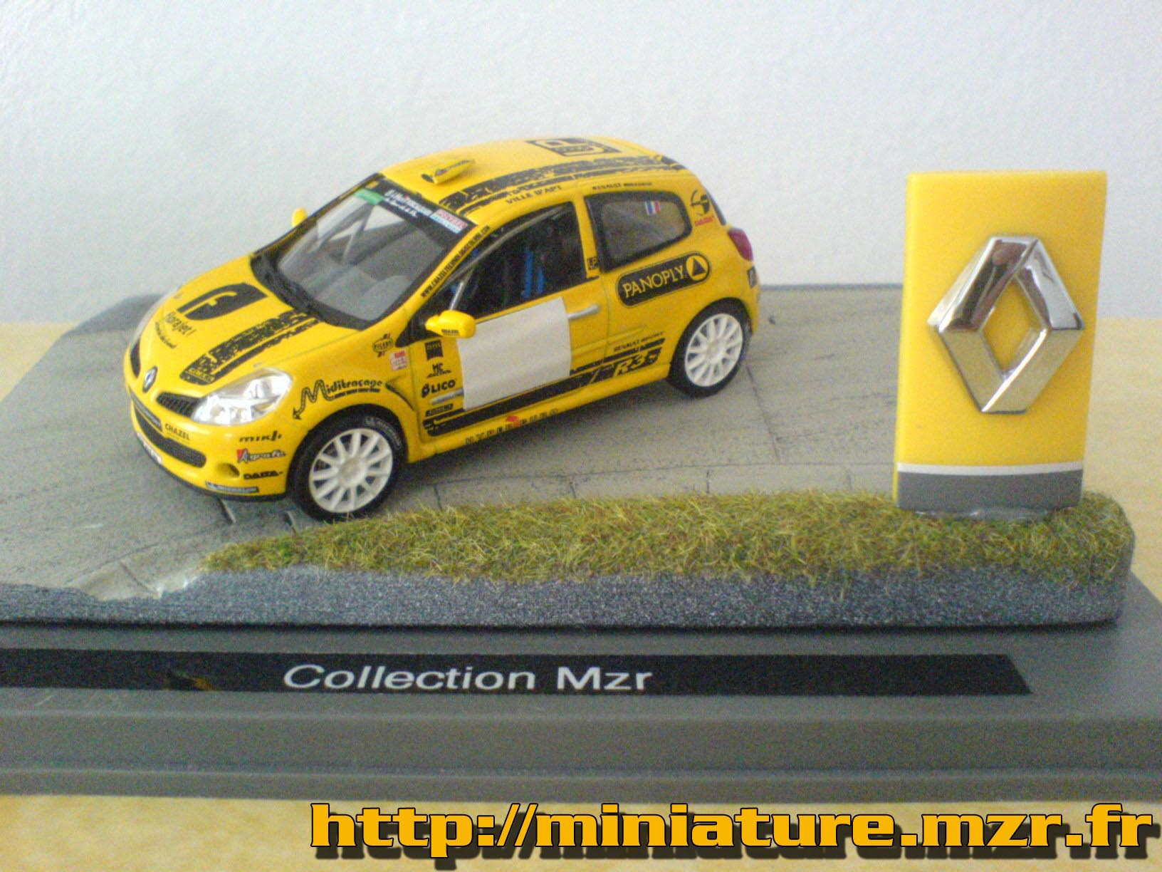 Clio R3 Ragnotti Varsovie
